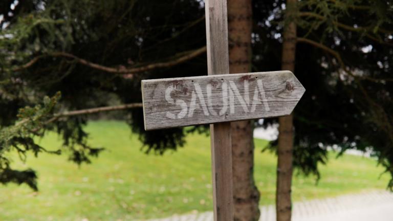 Schild Sauna Aussen